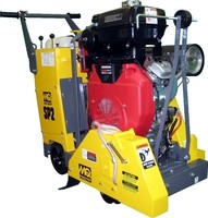 20 in Self Propelled Concrete Saw